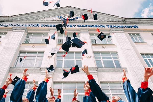 Pièges à éviter en recrutement : donner trop d'importance aux diplômes